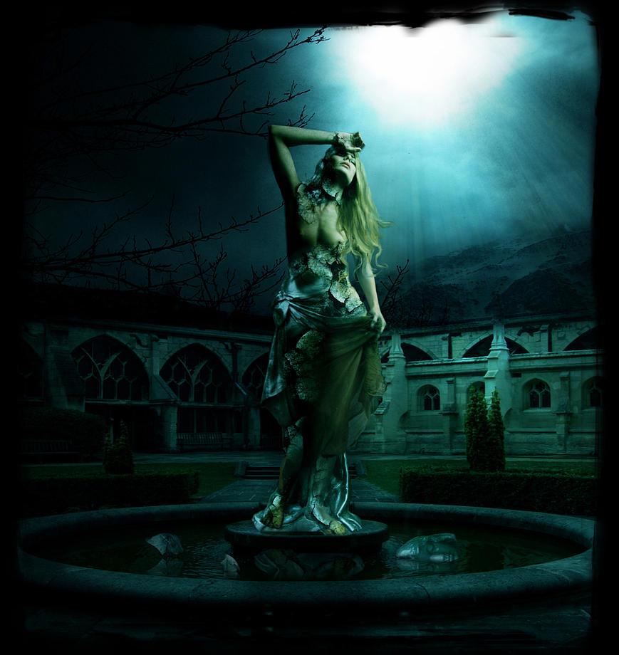 The Statue by InertiaK