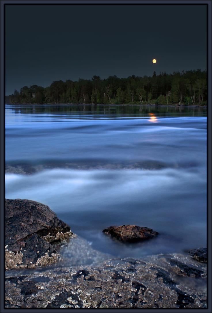 Moonrise Tidalfalls by BobVPR