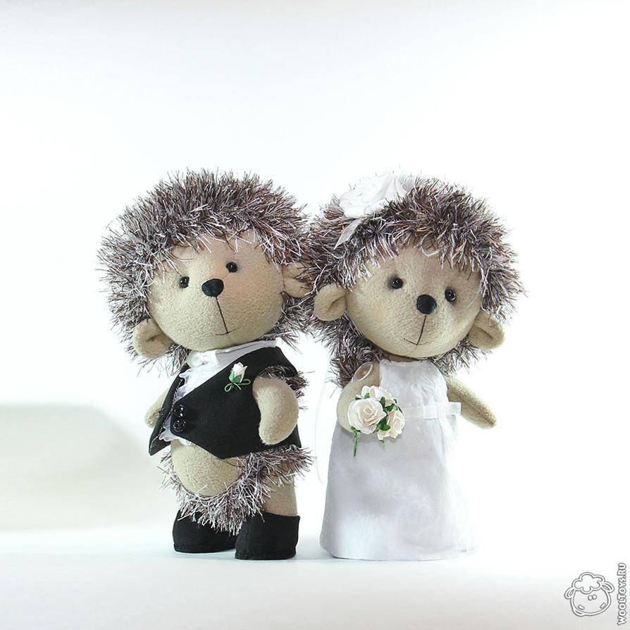 Hedgehogs wedding by wooltoys-ru