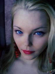 Blue eyes. by Chocksy