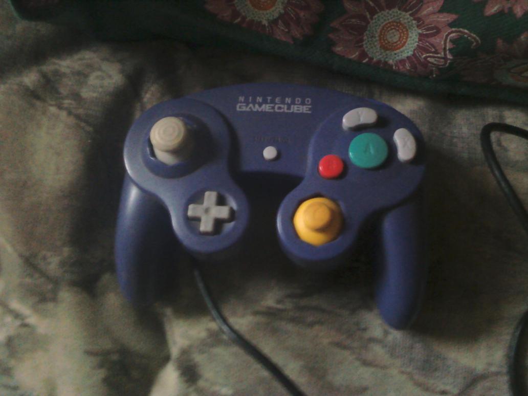 GameCube Controller by PrincessPuccadomiNyo on DeviantArt
