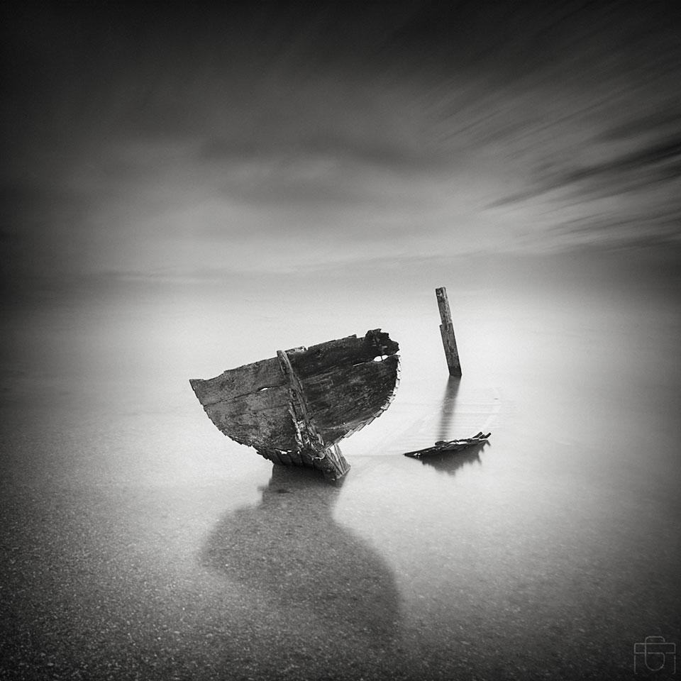 Shipwreck by AntonioGouveia