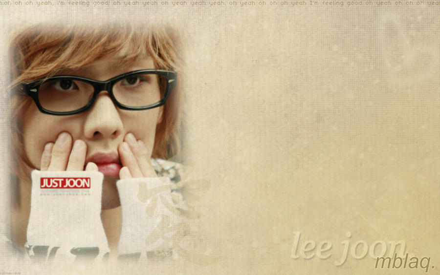 http://fc05.deviantart.net/fs70/i/2010/036/9/4/Lee_joon_wallpaper___by_Lightlubxx.jpg
