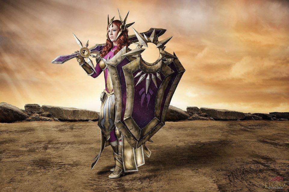 Leona League of Legends Cosplay by Missyeru