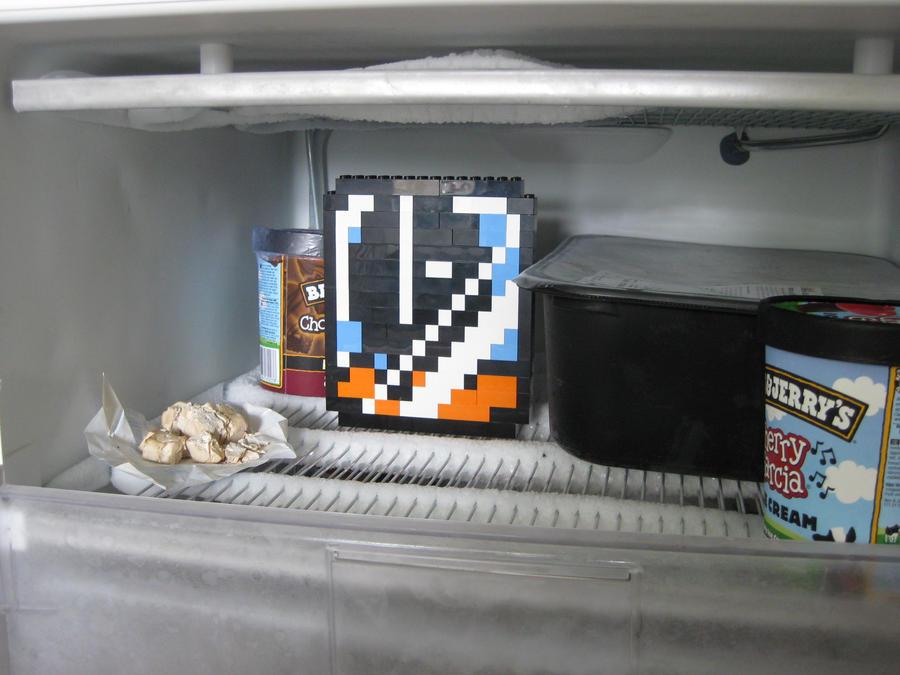 Lego - Frozen Muncher by Turoel