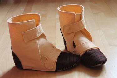 Dragonball Z Shoes Cosplay Tutorial by VivytheKiwi