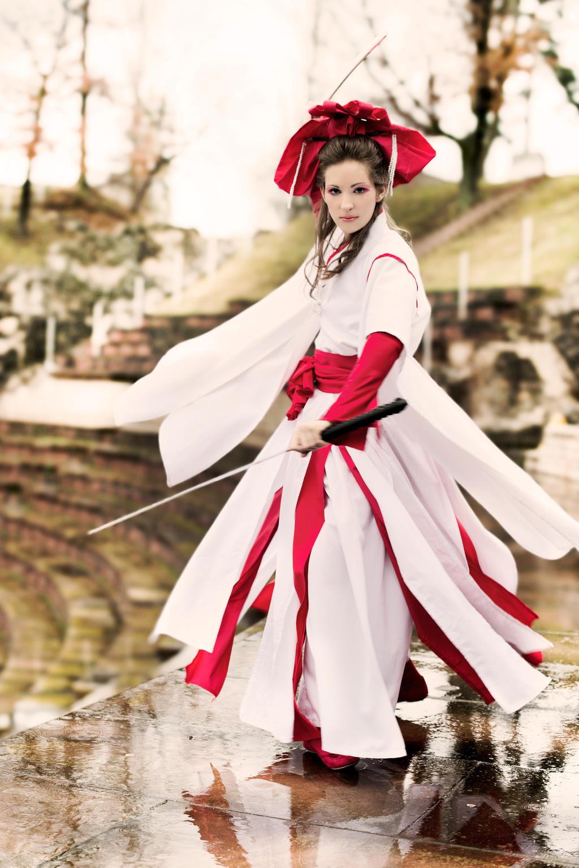 Sword dancing by RomaiLee