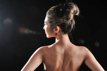 Backless by caenerys