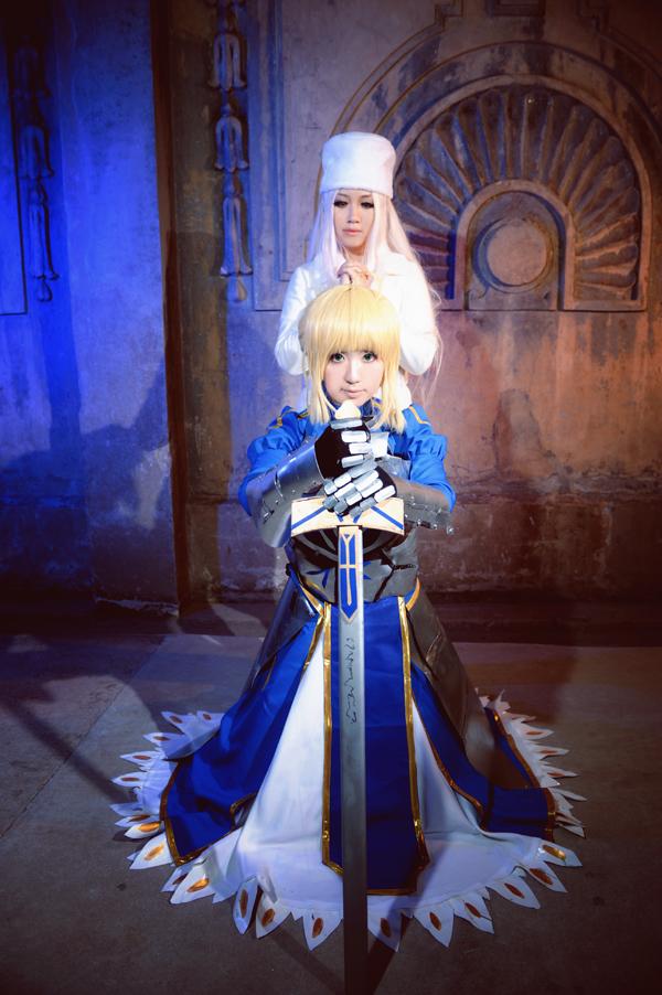 fate/zero-Irisviel and saber by nozomiwang