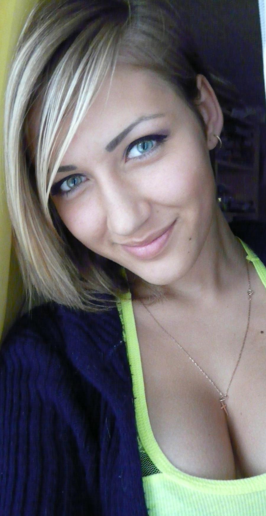 today i feel happy :)) by vikaadomaityte