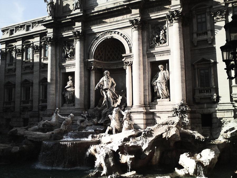 Trevi Fountain by Harvy355