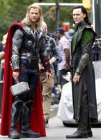 Tom Hiddleston on the set of The Avengers by vansiibgjackson