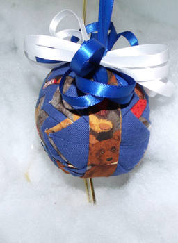 Precious Teddy Bear handmade quilted ornament 2