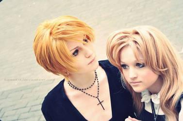 Angel sanctuary:  Setsuna and Sara