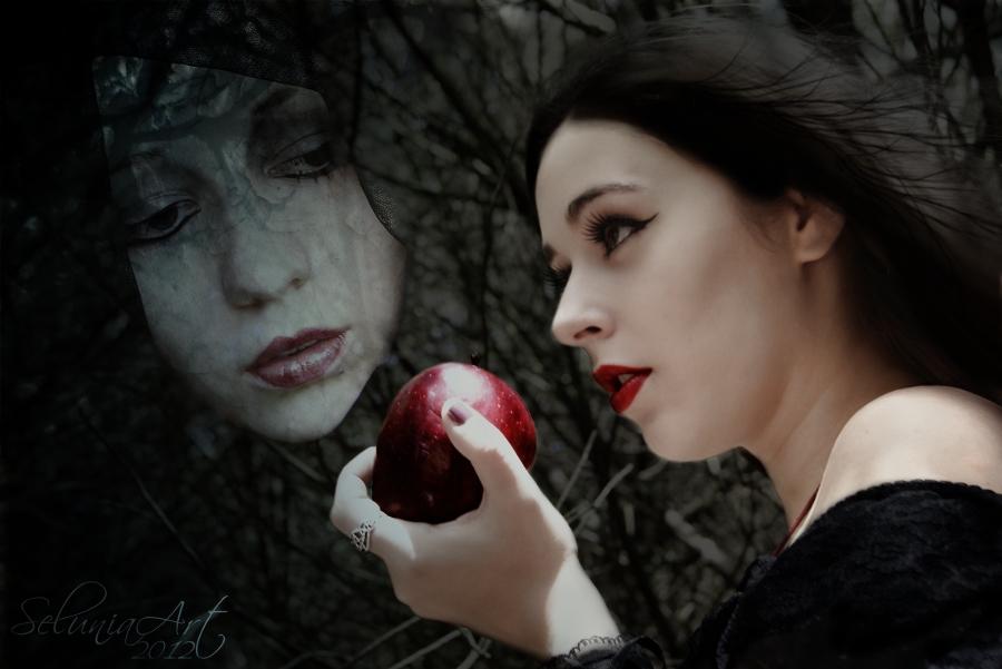 Shadow of Envy by Selunia