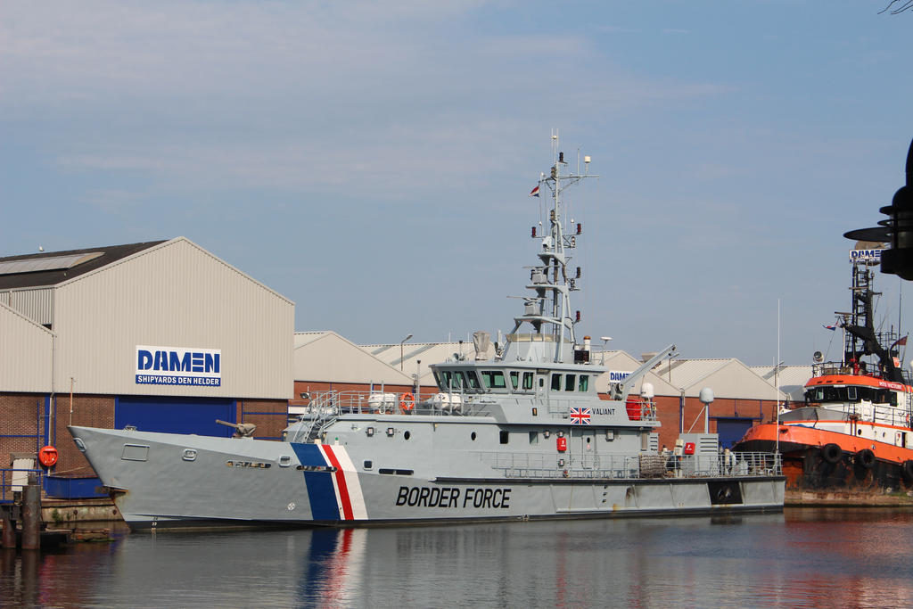 british patrol vessel by damenster