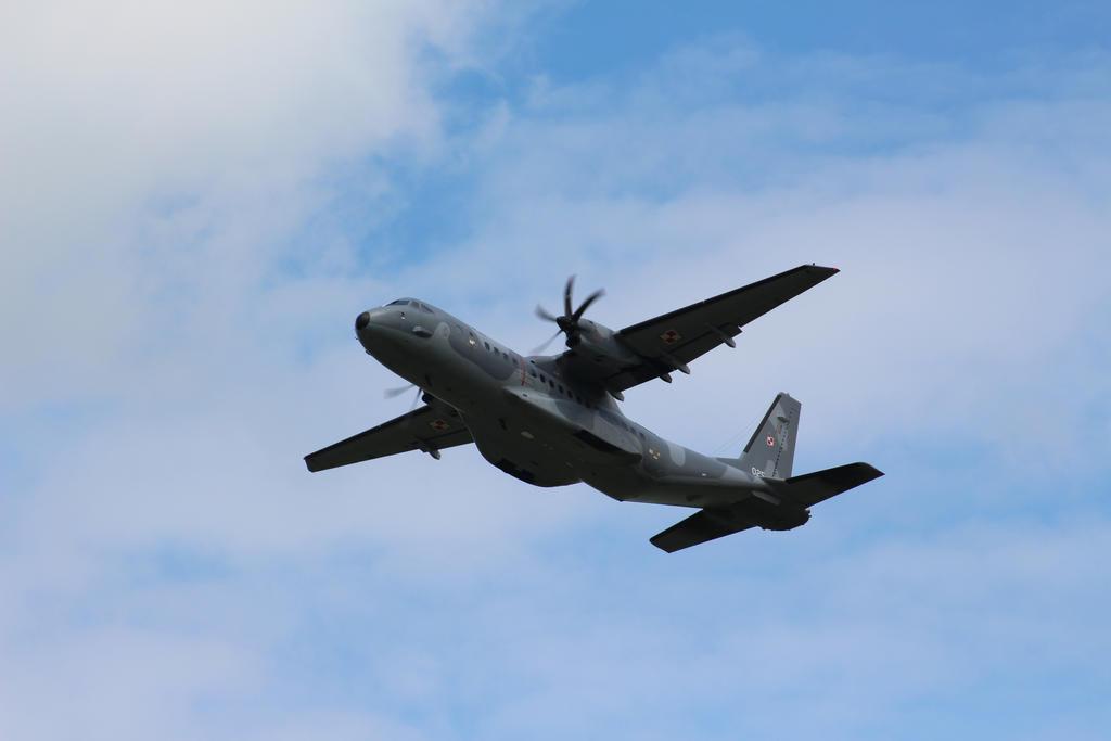 PolAF C295 take off by damenster