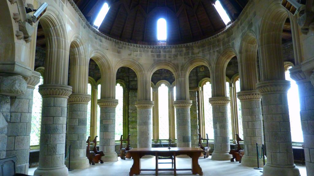 Pillars of the church by Onion-chutney