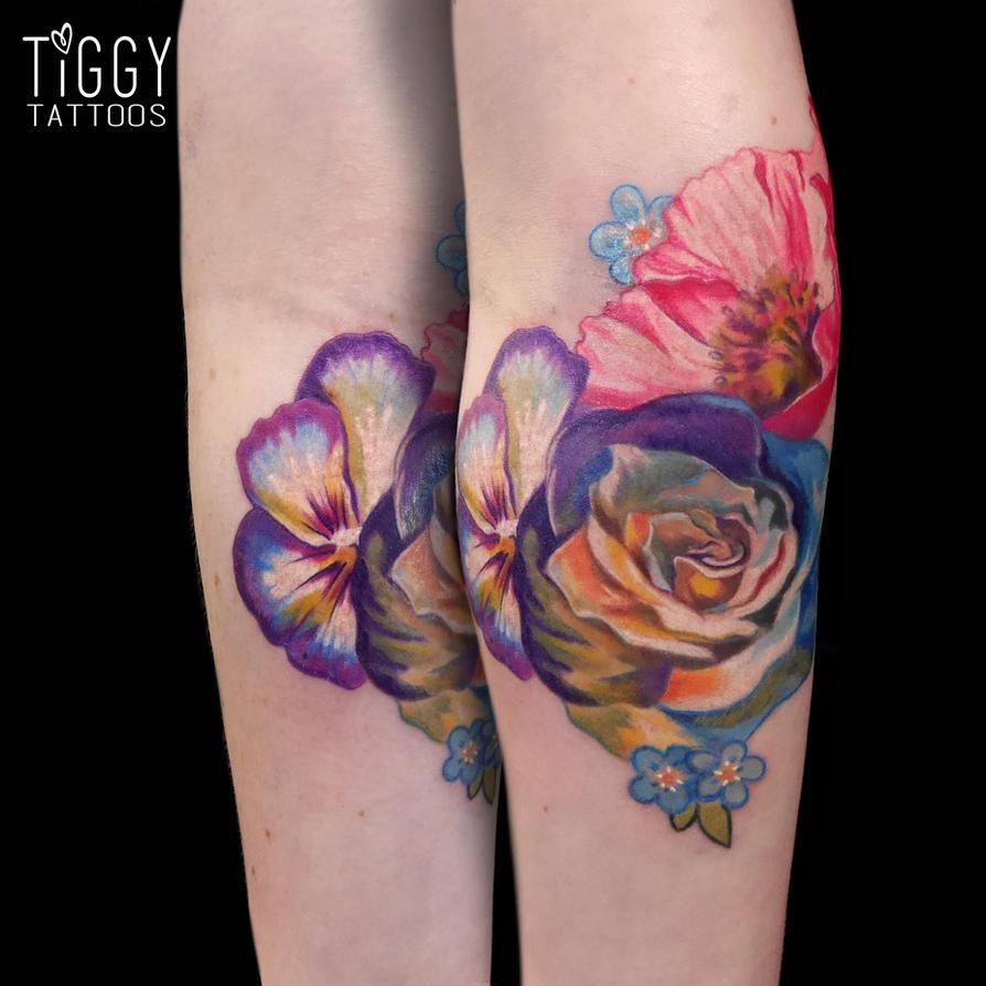 Flowers by tiggytattoos