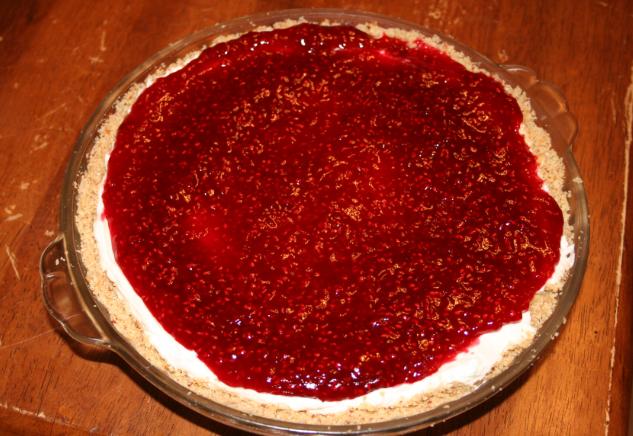 Raspberry Cream Pie by SoarinPie