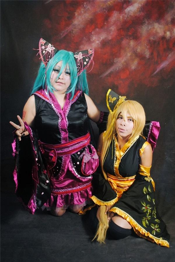 AkitaMiku by FanychanCosplay