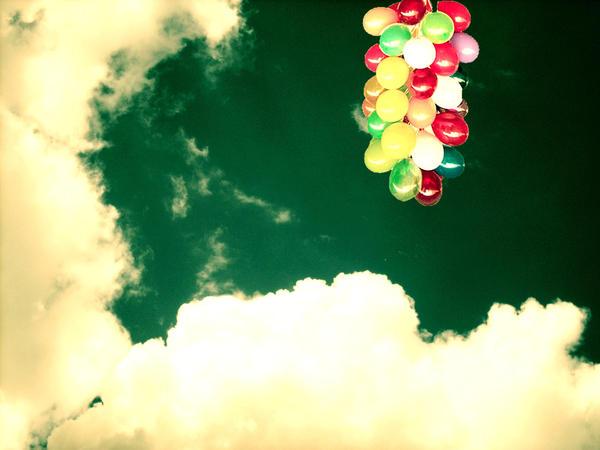 .sfidando la gravita'. by TheWhiteNight