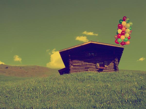 giocando con le nuvole. by TheWhiteNight