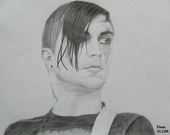 Frank Iero by BleednShadow