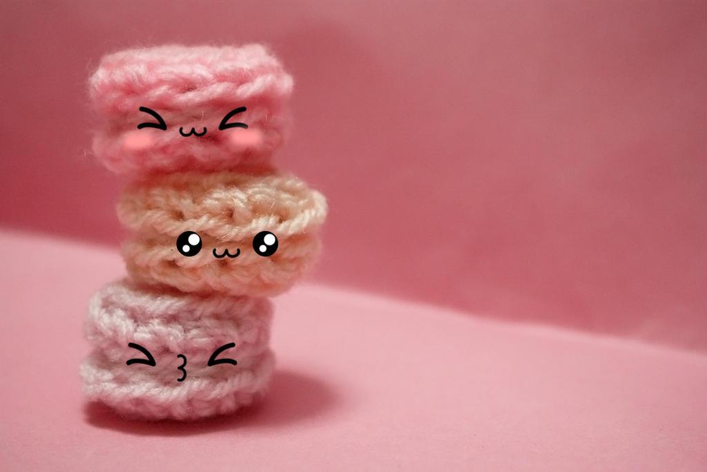 Crochet Macarons by koshadesing
