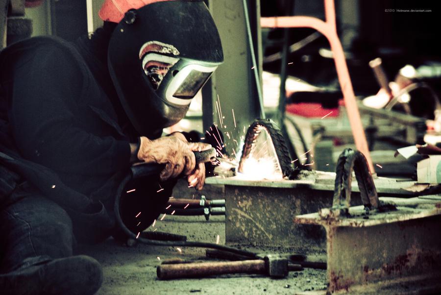 Sagrada Famiglia - worker by Hotmane