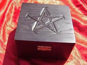box carving pentagram