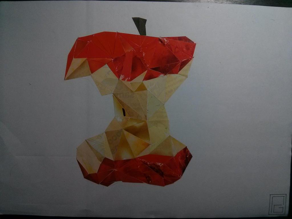 Apple by Ynavoig