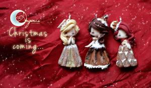 Christmas cakes by AngeniaC