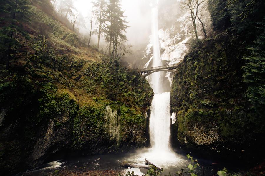 Winter Falls by JoeJanet