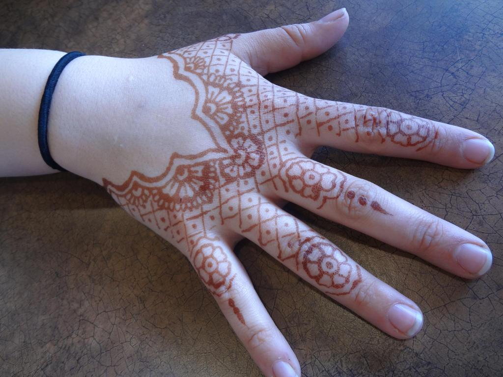 Henna Party Etiquette : Henna lace by lamorien on deviantart