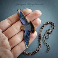 peregrine falcon necklace by szaranagayama