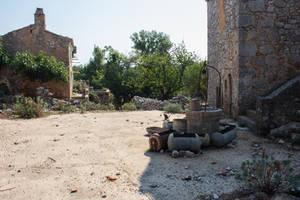 Ruins V2... by Dark-Indigo-Stock