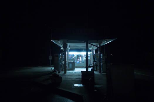Gas station (Night) V1