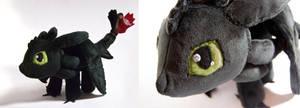 Chibi-ish Toothless plush by SeamsLegit