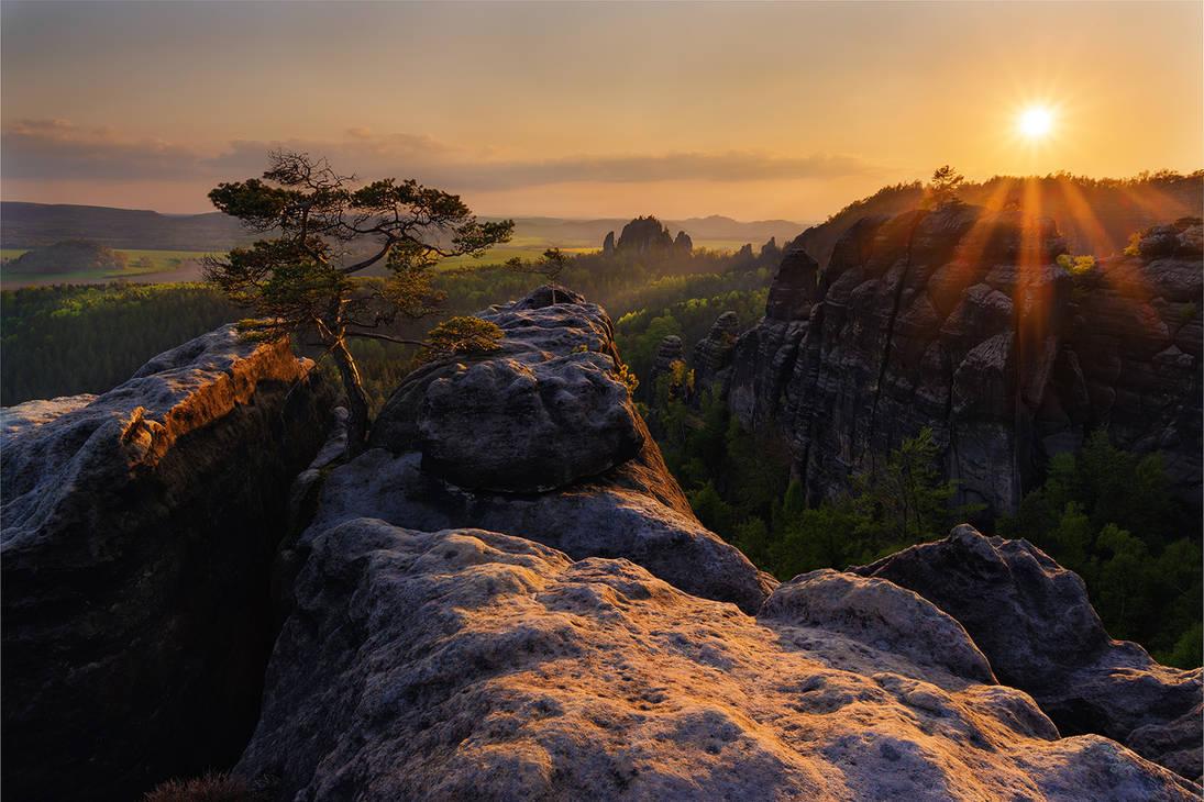 The Cimmerian Sunset by NicolasAlexanderOtto
