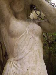 lady statue 12