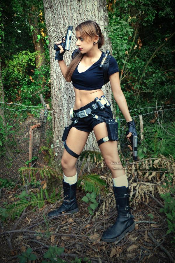 Trouble? No problem, i'm that kind of Croft. by FuinurCroft