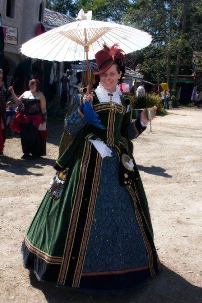 Elizabeth's Gown by ladyrose04
