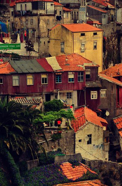 Porto view by ralucsernatoni