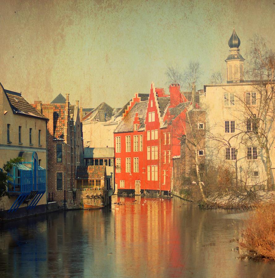 Winter in Gent by ralucsernatoni