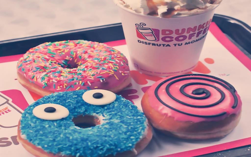 wallpaper donuts by Analaurasam