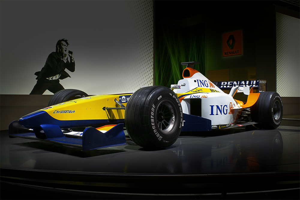 Renault F Show Car By St On DeviantArt - F1 show car