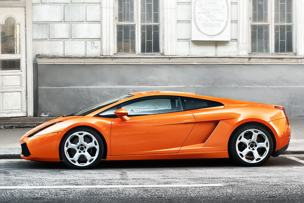 Lamborghini Gallardo 1 by 1-s-t