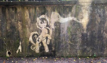 Colgate reverse graffito