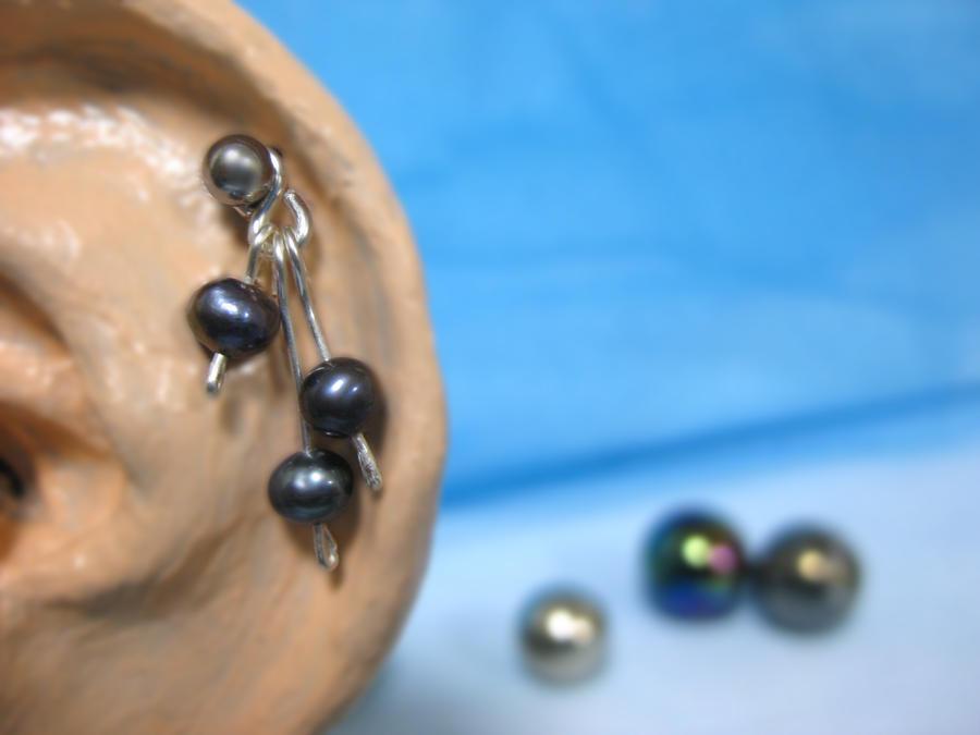 Black Pearl by mayonnaisejane